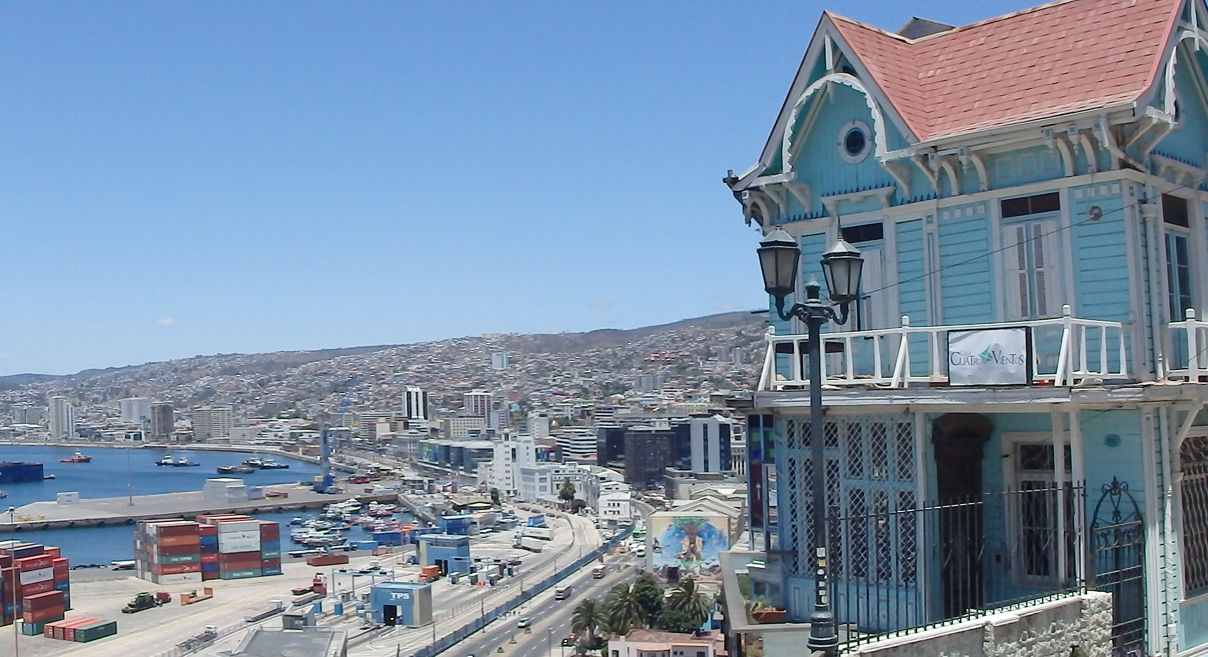 Get from Santiago Airport to Valparaiso, Chile | The Backpack Diary